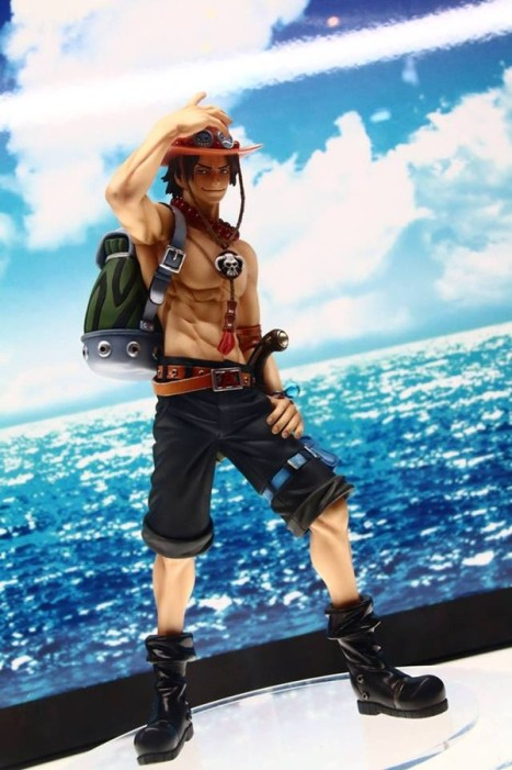 One Piece - Portgas D. Ace - Excellent Model - 10th Anniversary (MegaHouse)