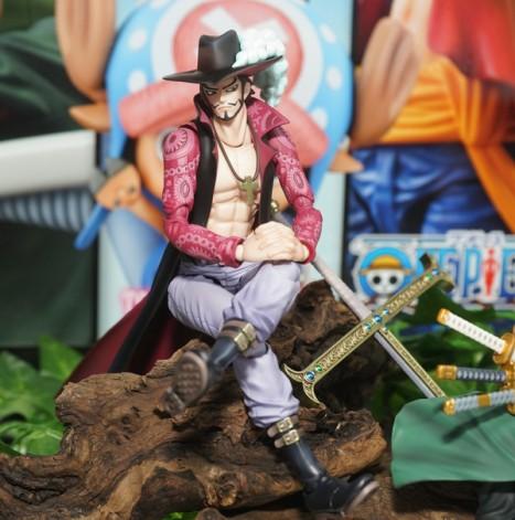One Piece - Juracule Mihawk - Variable Action Heroes (MegaHouse)