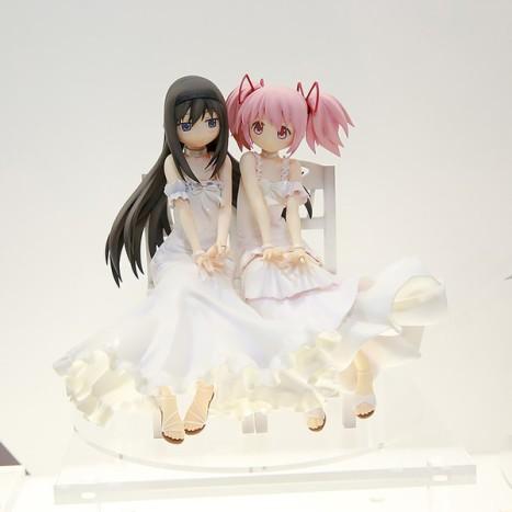 Gekijouban Mahou Shoujo MadokaMagica - Akemi Homura and Madoka (Amakumi)